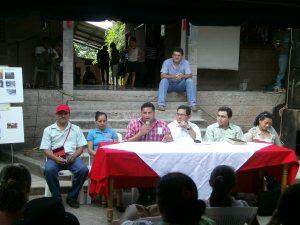Amilcar Cruz dando palabras de Bienvenida y relanzamiento de Radio Mangle